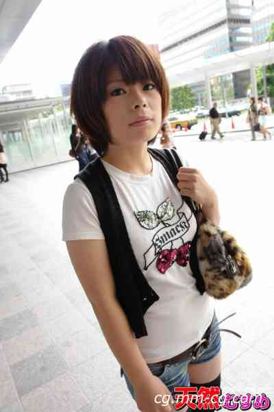 10musume 2011.12.10 天然素人 籌集購物錢的女孩 岡本歩美