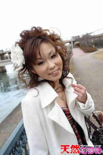 10musume 2011.12.12 処女奪っちゃっていいですか 小川芽衣