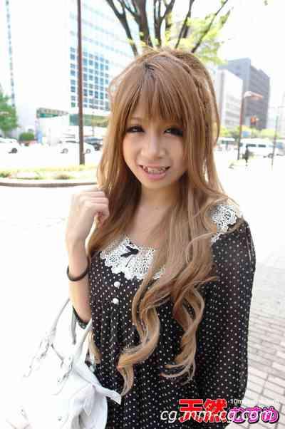 10musume 2012.09.12 單身女子的部屋拜見 美巨乳を持つ娘とプチ露出