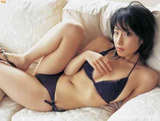 Bomb.tv 2005-12 Hiroko Sato