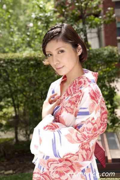 DGC 2009.09 - No.757 Miu Nakamura 仲村みう『 衝撃の引退宣言!』