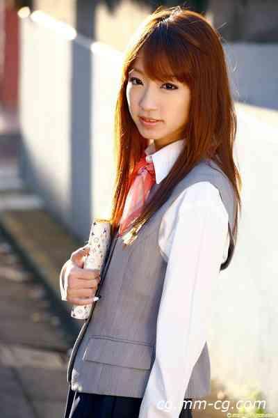 DGC 2010.04 - No.826 Hina Kurumi くるみひな - 流され系OLが連込まれて萌え萌えプレイ!