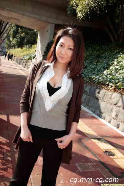 DGC 2010.08 - No.865 Ryouko Iori 伊織涼子