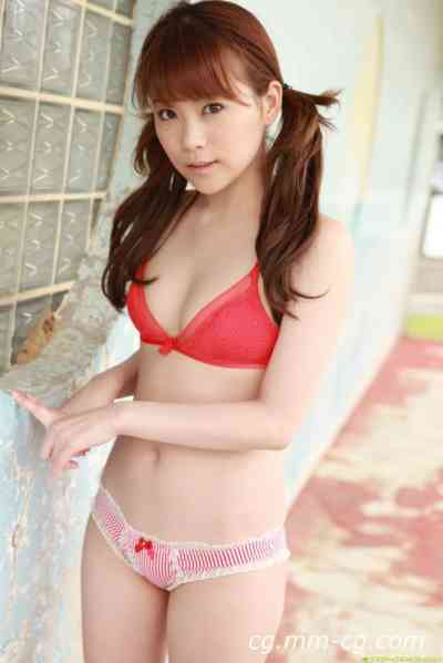 DGC 2011.02 - No.917 Satomi Shigcmori (重盛さと美)