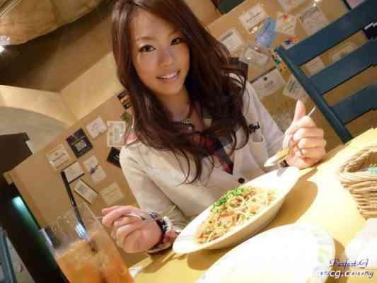 G-AREA No.427 - yoshino よしの 18歳  T160 B84 W58 H86