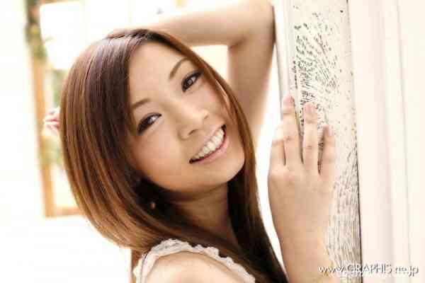 Graphis Hatsunugi H046 Ayumi Kobayashi