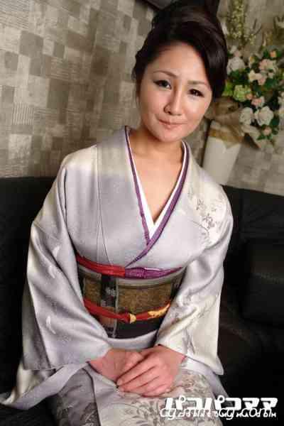 Pacopacomama 031012-601 働く地方のお母さん ~和装の美人ママ~木村留衣