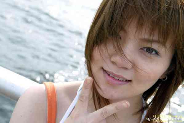Real File 2003 r080 YURI FUKUDA 福田 ゆり
