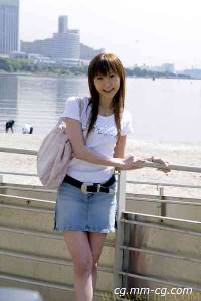 Real File 2005 r113 MOE SAKURA 佐倉 もえ