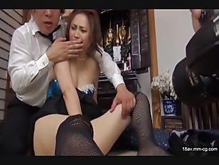 NASS-206-[中文]中出!顏射!全是精液!!人妻淫亂過頭的喪服費洛蒙及豊滿成熟肉體讓我忍不住勃起還硬是插入了!