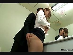 STAR-597-[中文]白石茉莉奈 想被侵犯的我..... 穿著猥褻的內衣搭公車實現癡漢願望的變態嫩妻