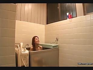 NHDTA-889-[中文]姐姐正在浴室小便中 3