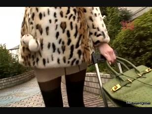 CEAD-076-[中文]姐姐愛撫 性技巧高超的癡女姐姐猥褻的肉棒愛撫近親相姦性愛 松嵨葵
