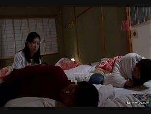 NHDTA-673-[中文]看到睡相很差的前輩女經理壓低聲音作愛到高潮的畫面後輩女經理也忍不住發情