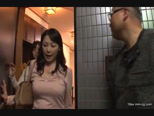 DVAJ-0033-[中文]穿著內衣褲靠近過來的姐姐 葵司