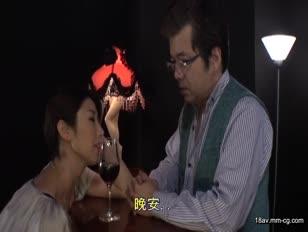 CESD-101-[中文]穿著褲襪的特務秘書 黑色褲襪裡藏著爆乳淫女的工作 篠田步美