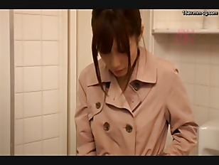 SNIS-339-[中文]想被性騷援的女人 變態美女 櫃檯小姐篇 小島南