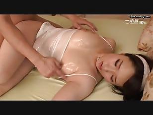 1PONDO-102516_412-[無碼]最新一本道 102516_412 汗水濕透爆乳家政婦 成宮
