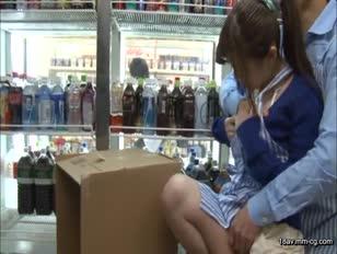 RBD-577-[中文]與男友一起在便利商店打工的女大學生 新山沙彌
