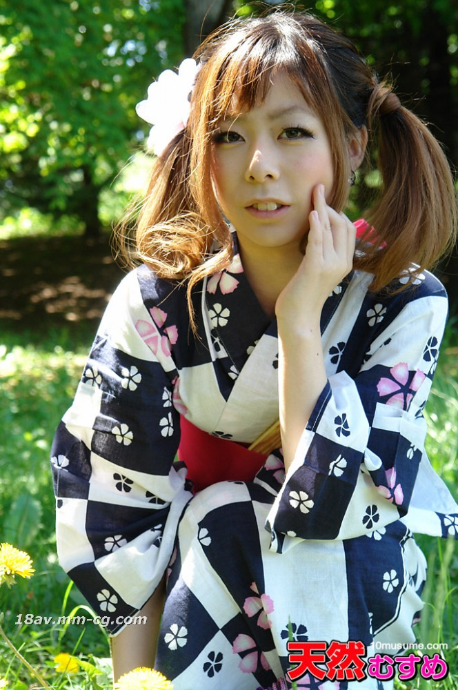 The latest natural amateur 101013_01 yukata figure 143cm tiny daughter carrying a large rotor