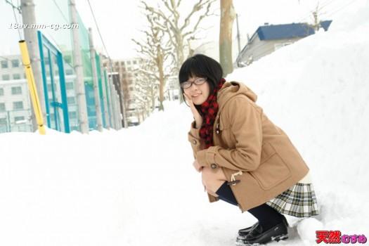 最新天然素人040814_01 眼鏡女學生 世良