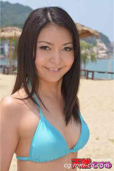 10musume 2012.09.05 サマーガチナンパビーチ6  ナンパde即フェラ 杉山麻美