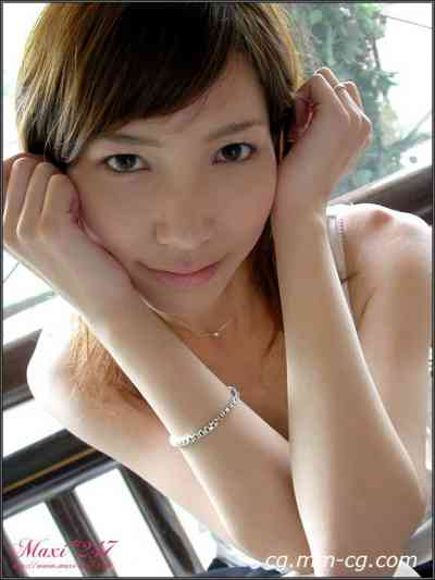 Maxi-247 GIRLS-S GALLERY MS014 Honoka