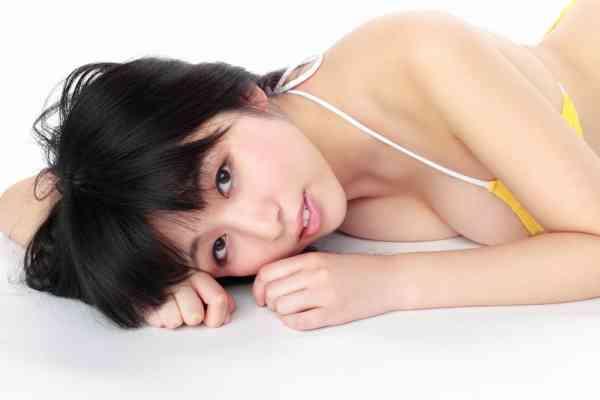YS Web Vol.423 Megumi Suzumoto 涼本めぐみ – Hなバスト93cm入学!