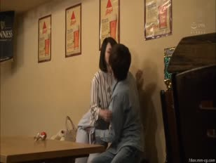 JUY-495-[中文]紀錄片!專屬女優驗證企劃 喜歡妄想的人妻是個牙醫助手 加瀨佳奈子被不良男說服之後能跟他做愛麼? 加瀬かなこ